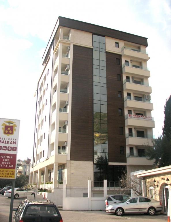 Garaža stambeno poslovnog objekta na U.P. 41 Blok 1 Dup ''Podkošljun'' u Budvi